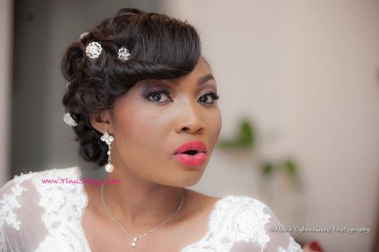 Top-Nigerian-Makeup Artist-TinuShaiye-Ene-white-Wedding-Session (9)