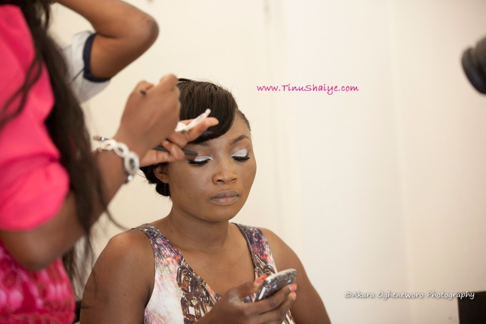 Top-Nigerian-Makeup Artist-TinuShaiye-Ene-white-Wedding-Session